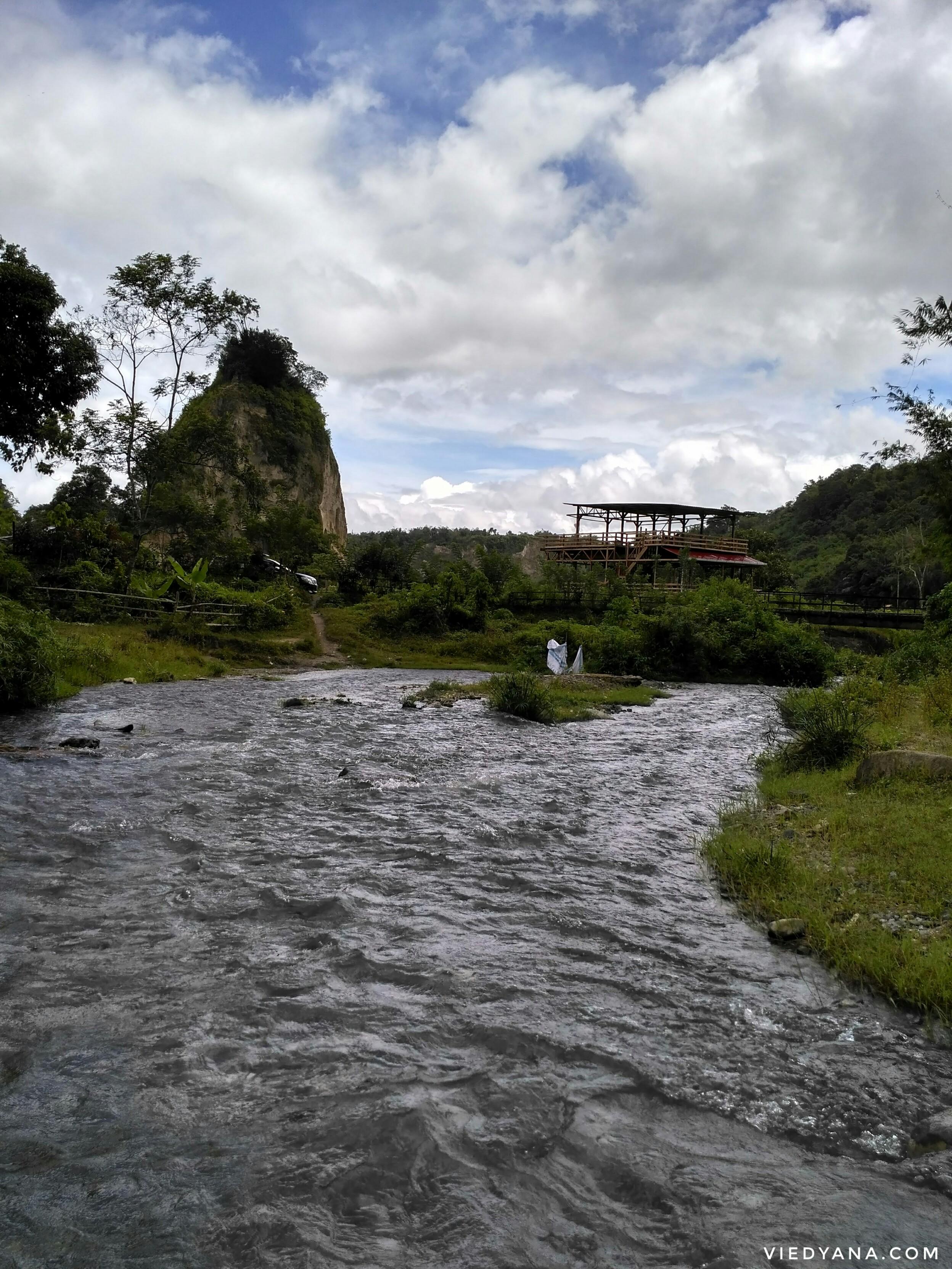 RoadTripMbokJastra#9: Tebing yang Terkurung